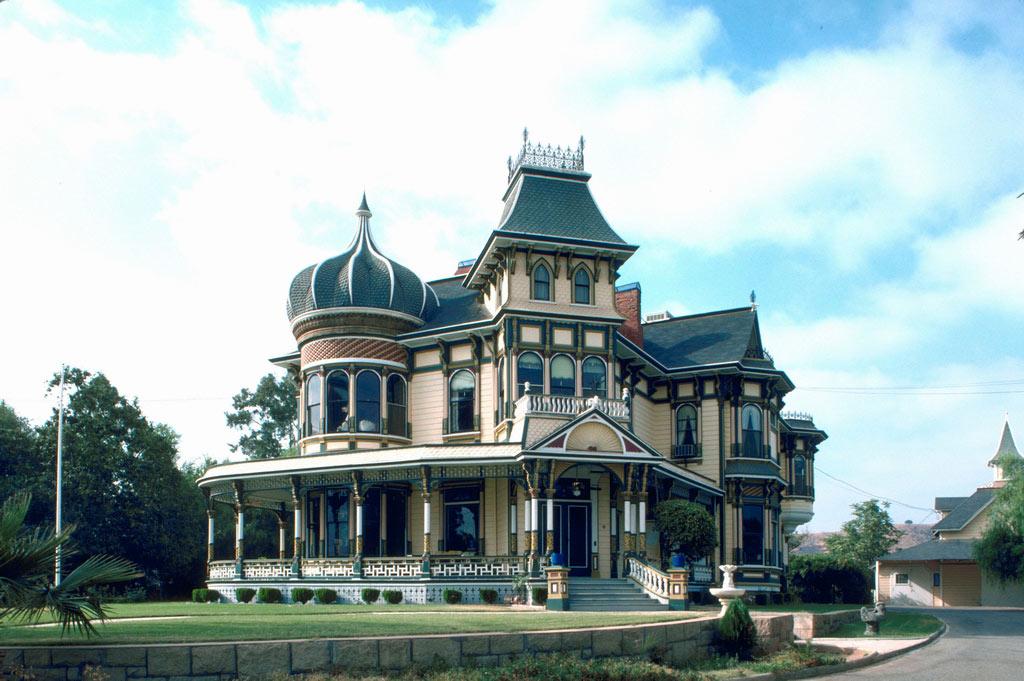 世界上最豪华的别墅_世界上最豪华的别墅阳台景观设计图片 设计456装修